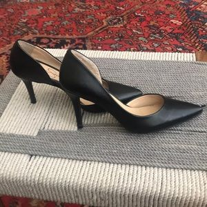 Jessica Simpson Shoes - Classic black heels